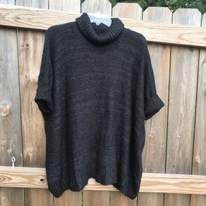 Black oversized turtleneck short sleeved sweater